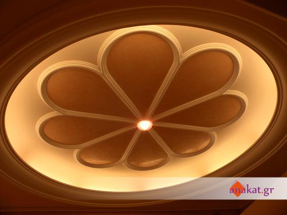 Γύψινη διακόσμηση οροφής με  κρυφό φωτισμό