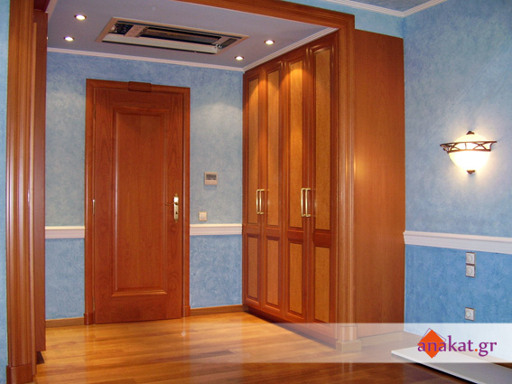 Ντουλάπα και πόρτα σε ξύλο οξυάς με ρίζα λούστρο