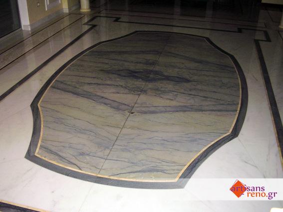 Dessin en granite Macauba inserré dans marbre Estermose