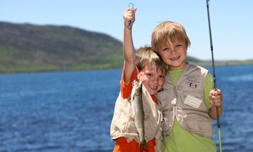 4231_6051_black_hills_kids_fishing_md.jpg