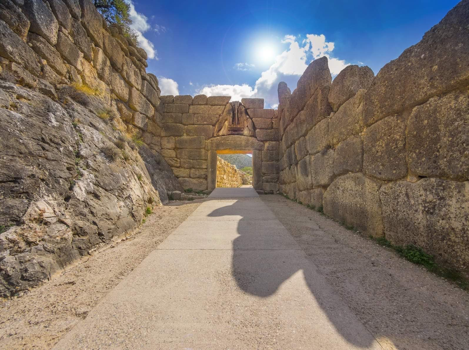 lion's-gate-peloponnese-tour