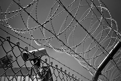 barbed-wire-1670222__340jpg